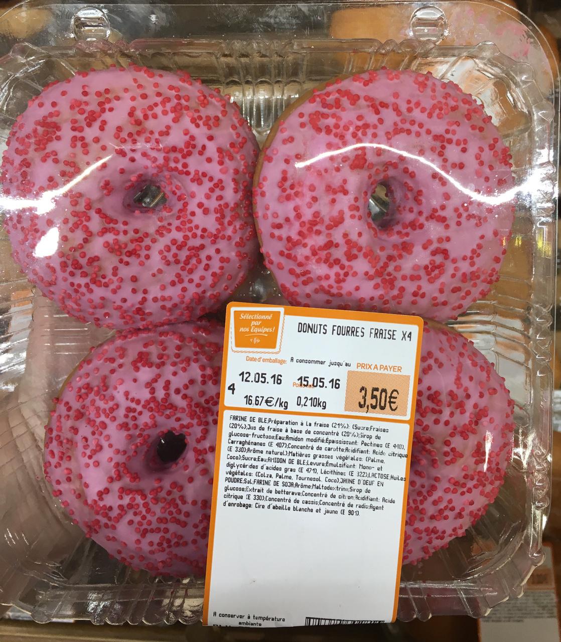 Donuts fourrés fraise - Product