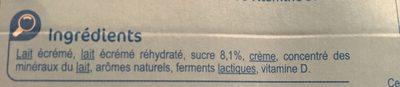 yaourt à boire aromatisé fraise/banane ou pêche abricot source de calcium et vitamine D - Ingrédients