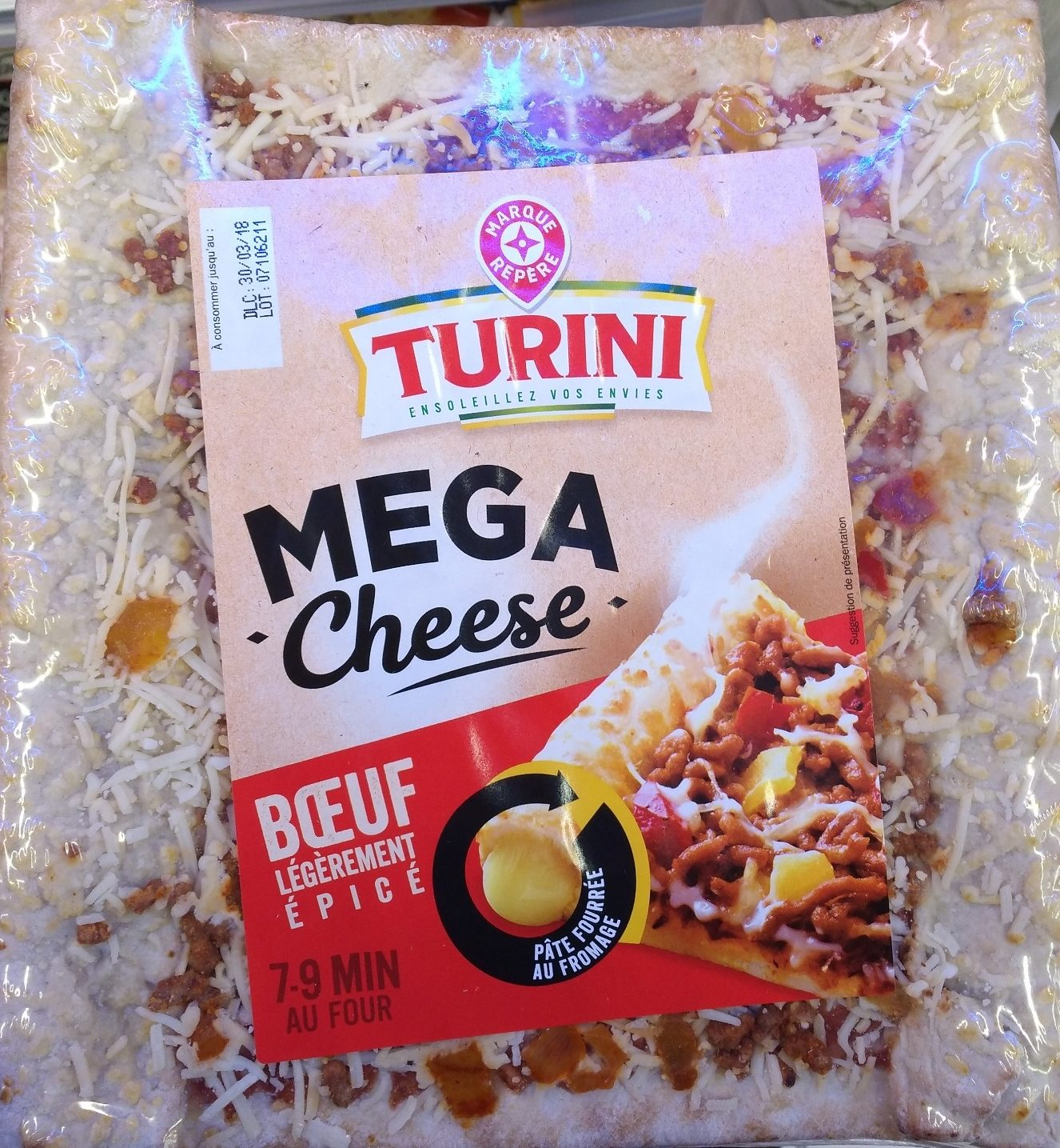 Pizza méga cheese boeuf épicé - Product - fr