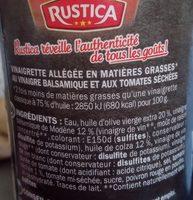 Vinaigrette biphasée huile d'olive tomates séchées et vinaigre balsamique - Ingredients