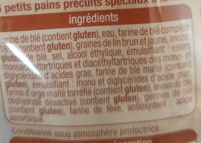 Petit Pain Précuit - Nutrition facts