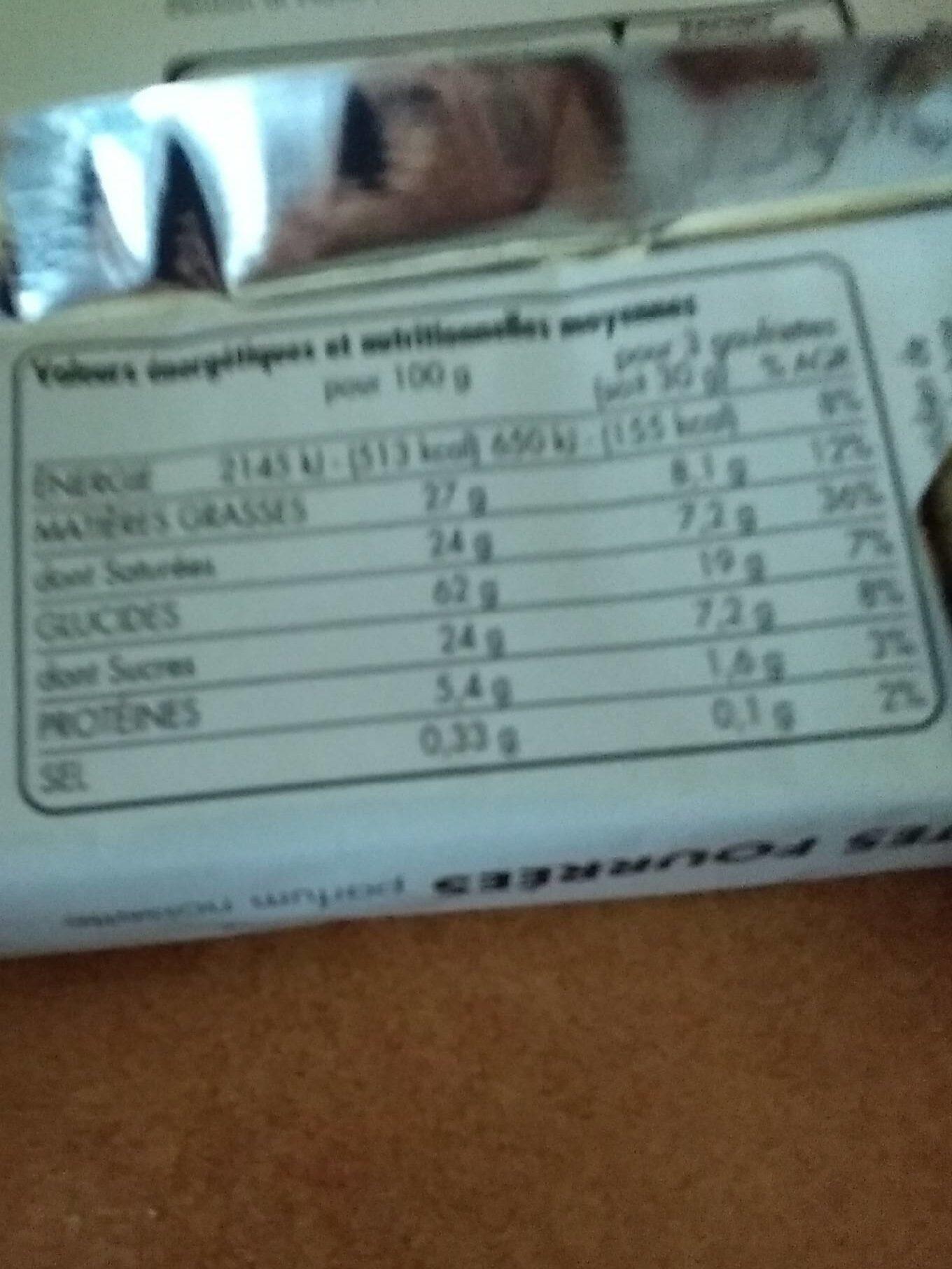 Gaufrettes fourrées parfum noisette - Nutrition facts - fr