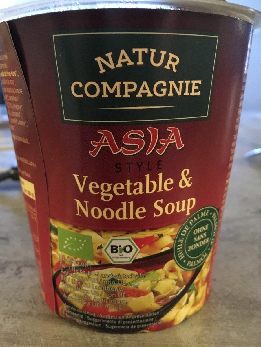 Vegetable and noodke soup - Product