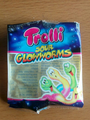 Sour Glowworms - Product - en