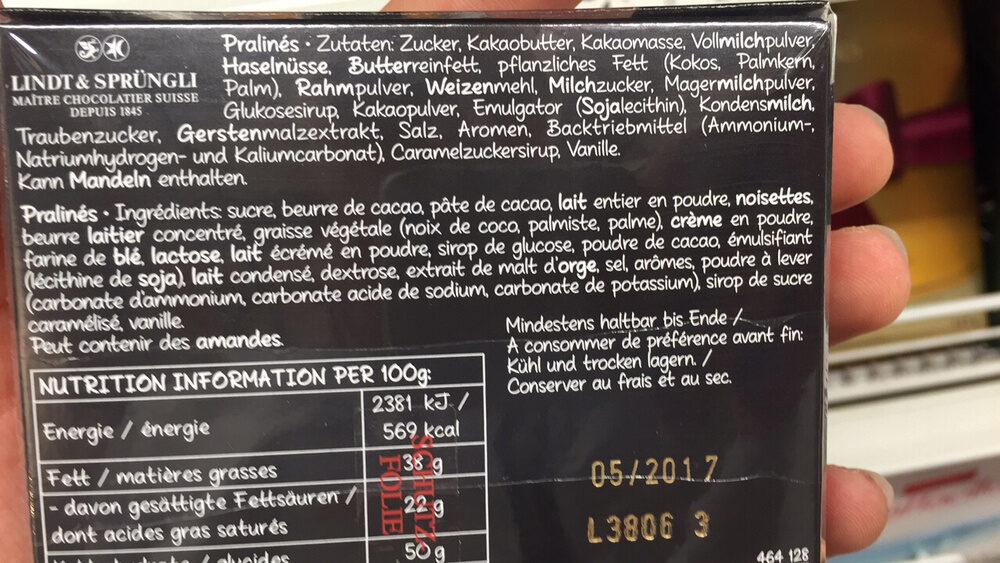 HELLO ASSORTED CHOCOLATE PRALINES - Produit - fr