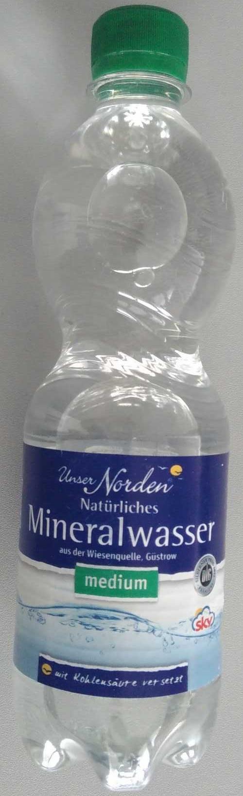 Natürliches Mineralwasser medium - Product - de