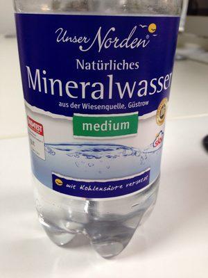 Natürliches Mineralwasser - 1