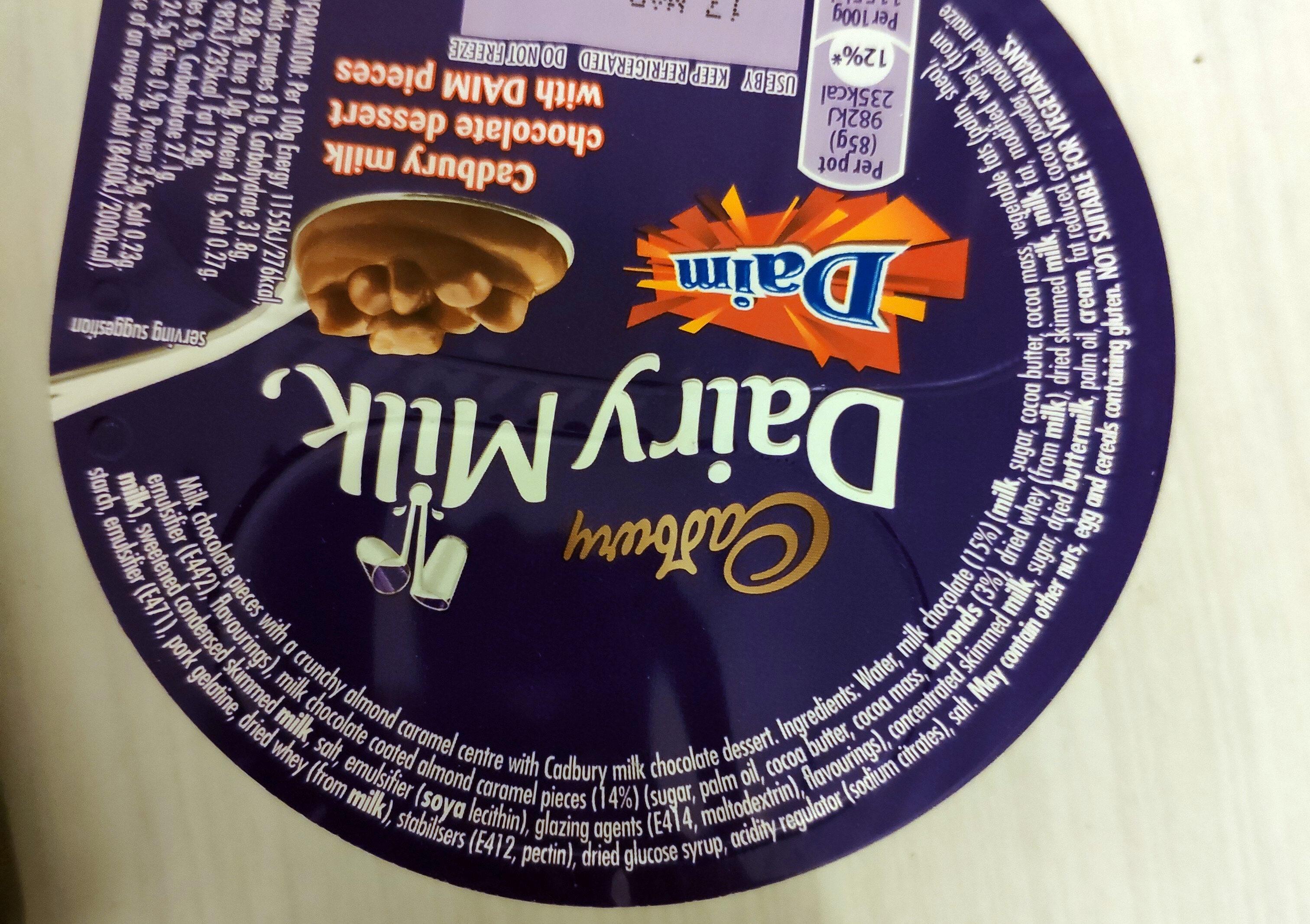 Cadbury milk chocolate dessert with DAIM pieces - Ingredienti - en