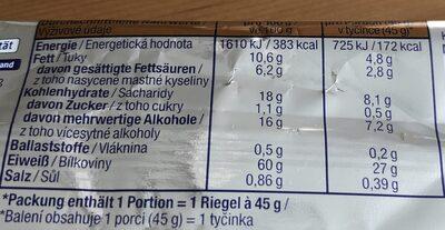 Riegel mit Eiweiß, Caramel-Toffe-Crisp-Geschmack mit kakaohaltiger Eiweißglasur (18%) überzogen. - Informations nutritionnelles - de