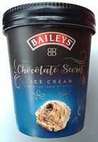 Eiscrem mit Sahnezubereitung mit Schokoladengeschmack und Alkohol und Bourbon Vanilleeiskrem mit Schokoladenstraße. - Produkt