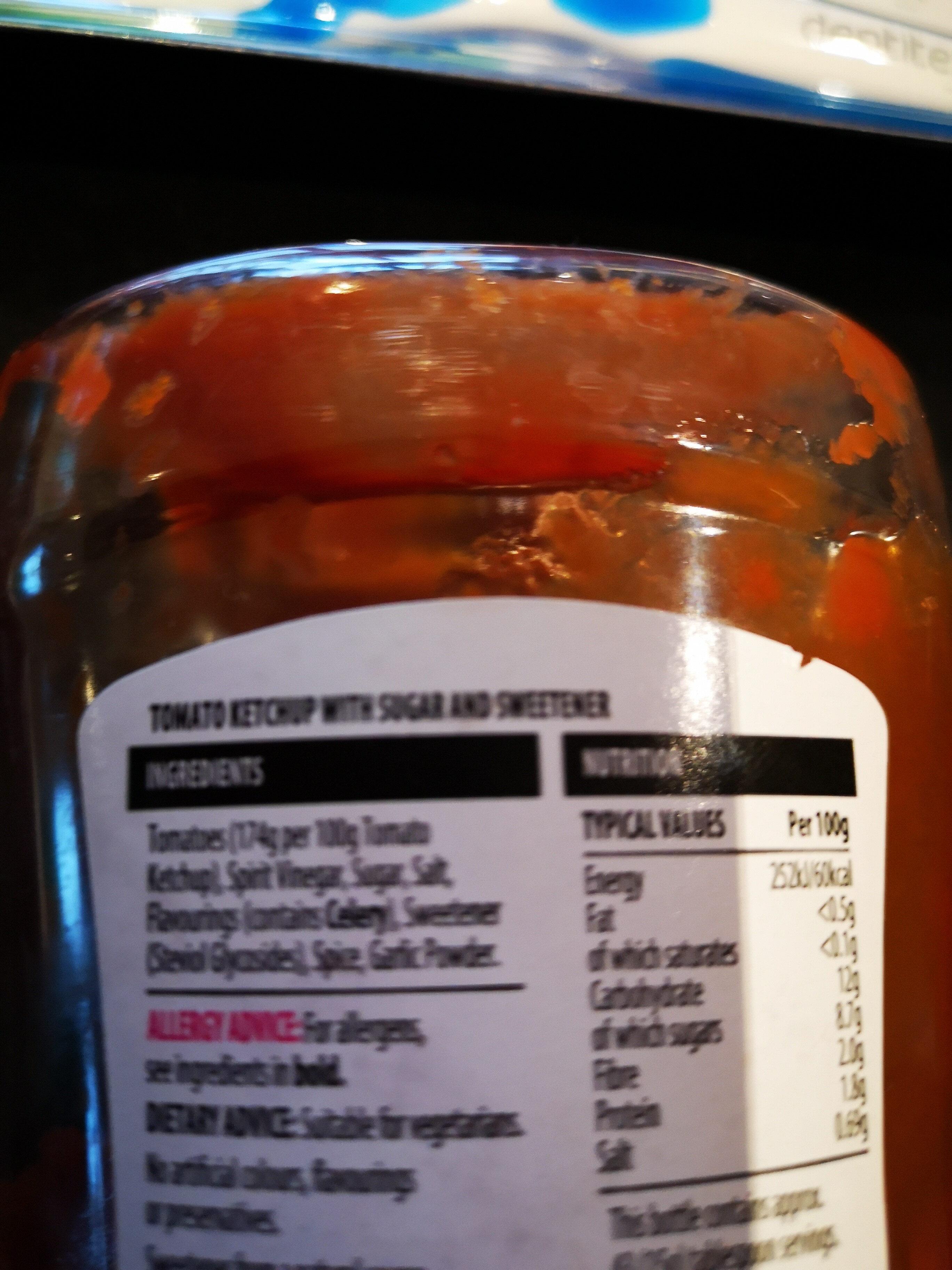 Tomato ketchup 50% less sugar and salt - Ingrédients
