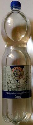 Natürliches Mineralwasser classic - Produit - de