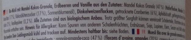 Strawberry vanilla almondgranola - Ingredients - de