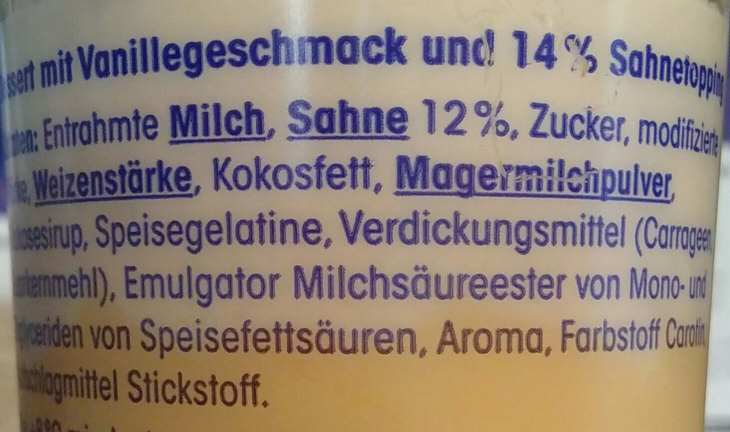 Dessert mit Vanillegeschmack mit Sahnetopping - Ingrédients - de