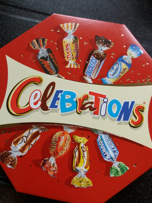 Celebrations Centerpiece 16X186G - Product - fr