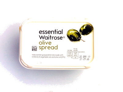 Essential Waitrose olive spread - Product