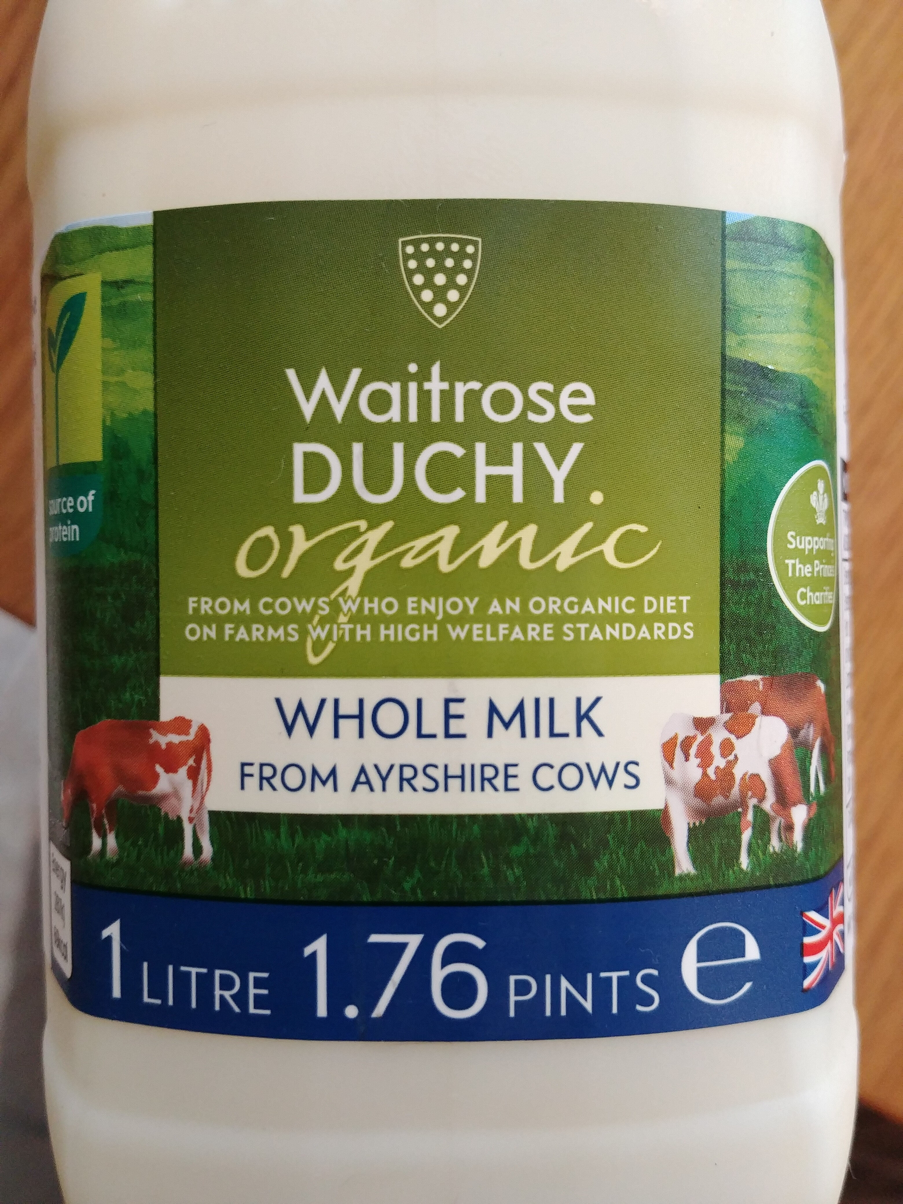 Whole Milk from Ayrshire Cows - Product - en