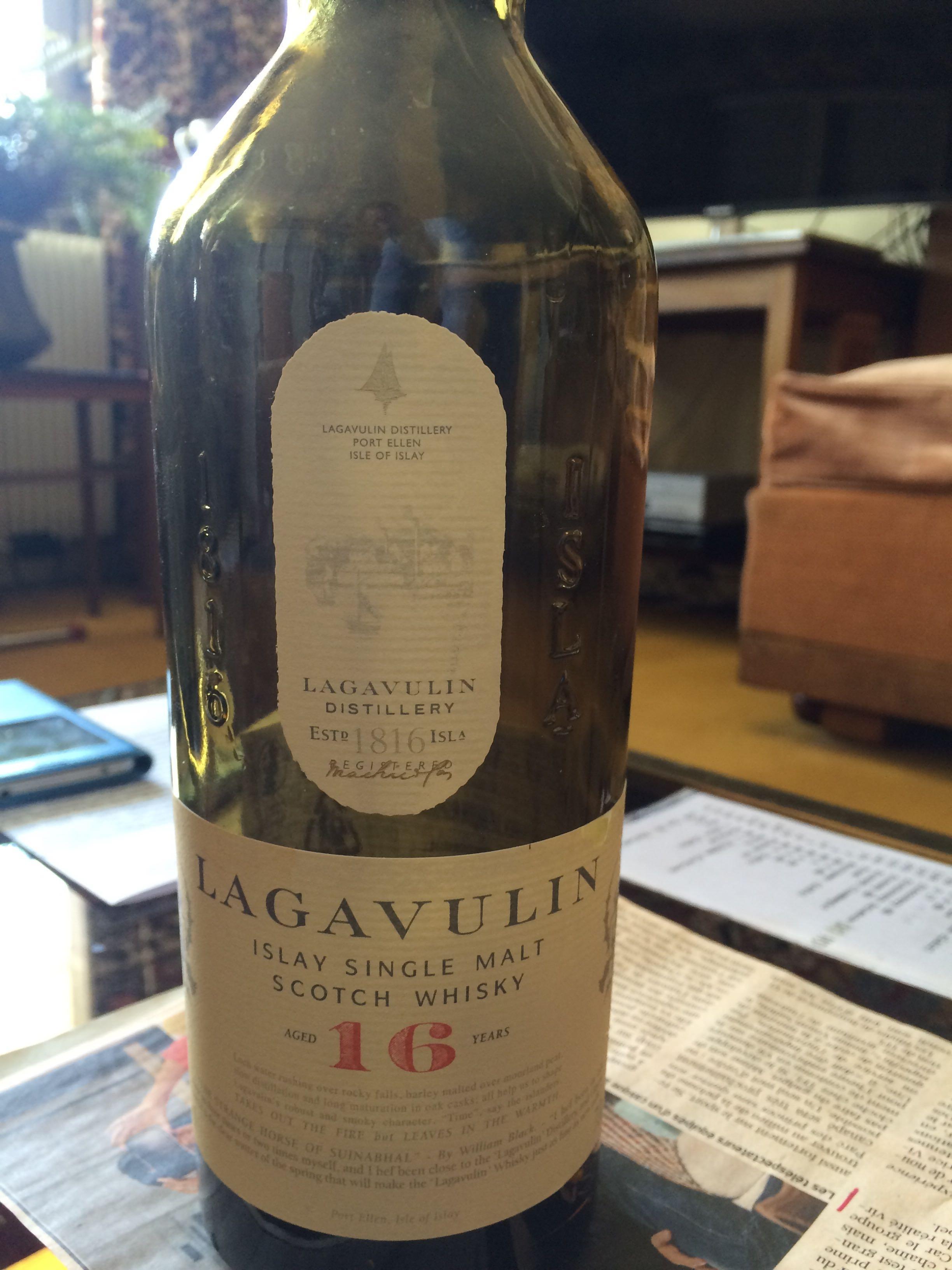 Lagavulin Single Malt Islay Scotch Whisky - Product