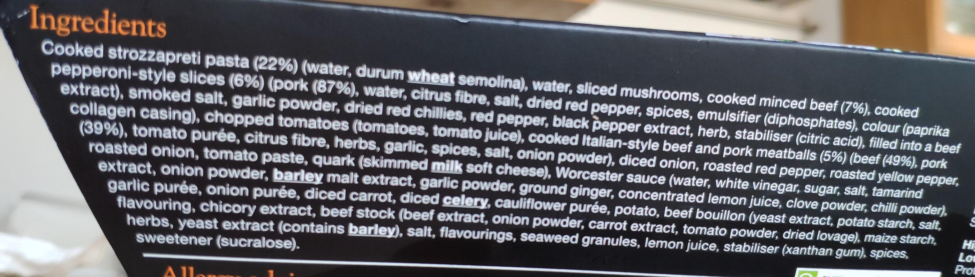 Meat feast pasta - Ingredients - en