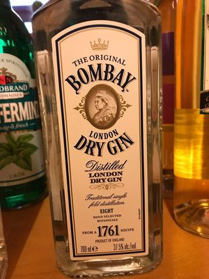 Gin Bombay Dry 37,5% Vol. London Dry Gin 1X0,70 Liter - Product