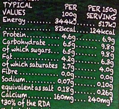 Natural Proper Organic Bio Live Yeogurt - Nutrition facts - en