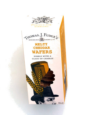 Thomas J Fudge's Melty Cheddar Wafers - Product - en