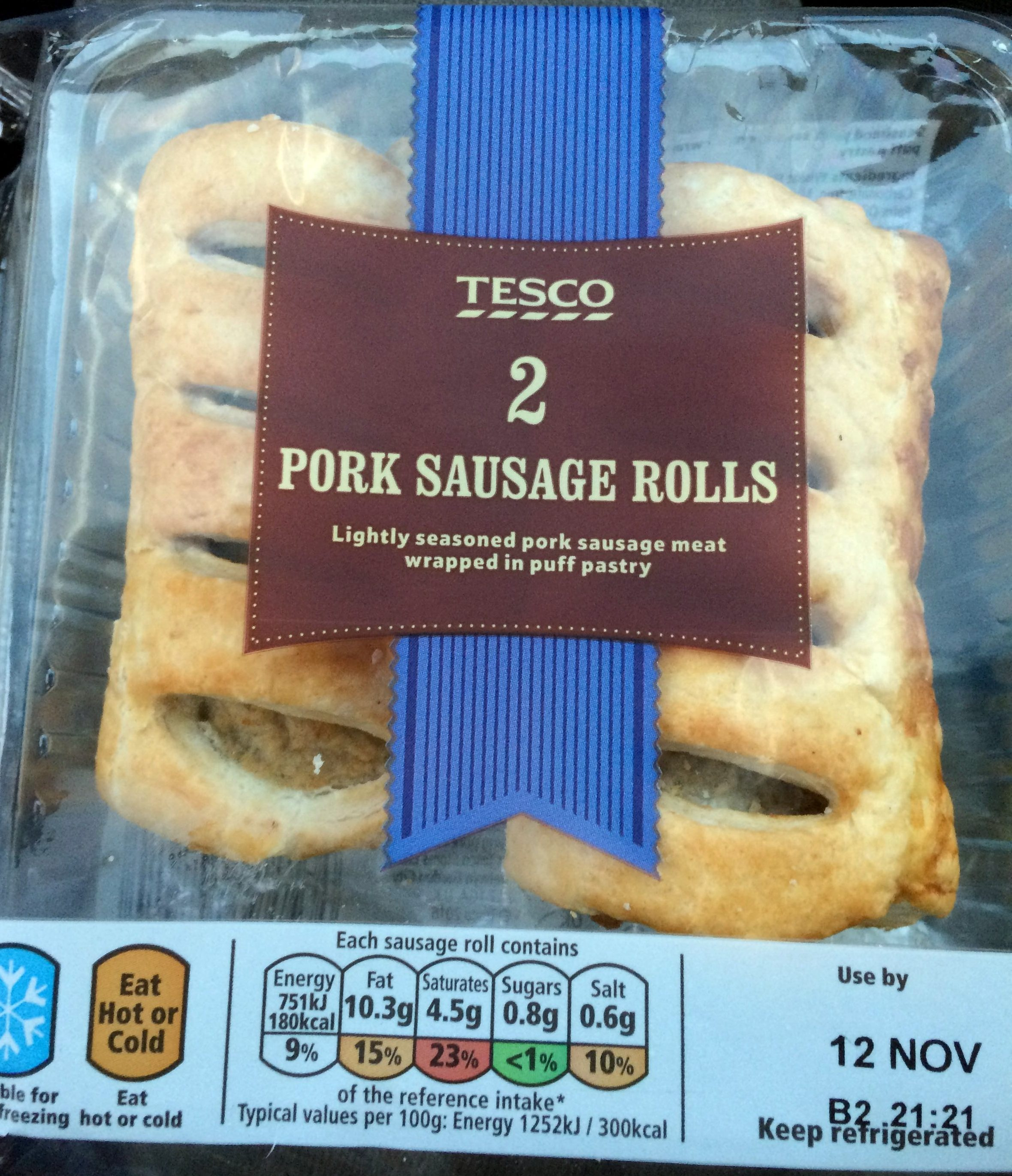2 pork sausages rolls - Product