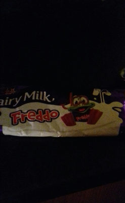 Cadbury dairy milk freddo chocolate bar - Product - en