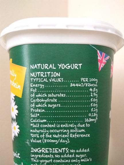 Yeo Valley Natural Yogurt 1Kg - Información nutricional