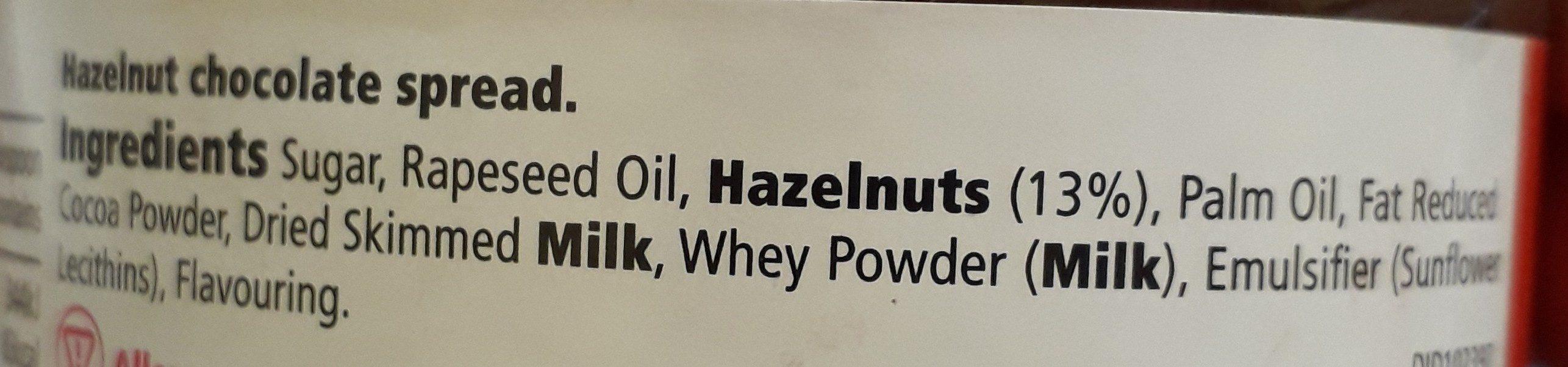 Tesco Hazlenut Chocolate Spread 400G - Ingrediënten - en