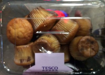 12 Milk Chocolate Chips Mini Muffins - Product - en