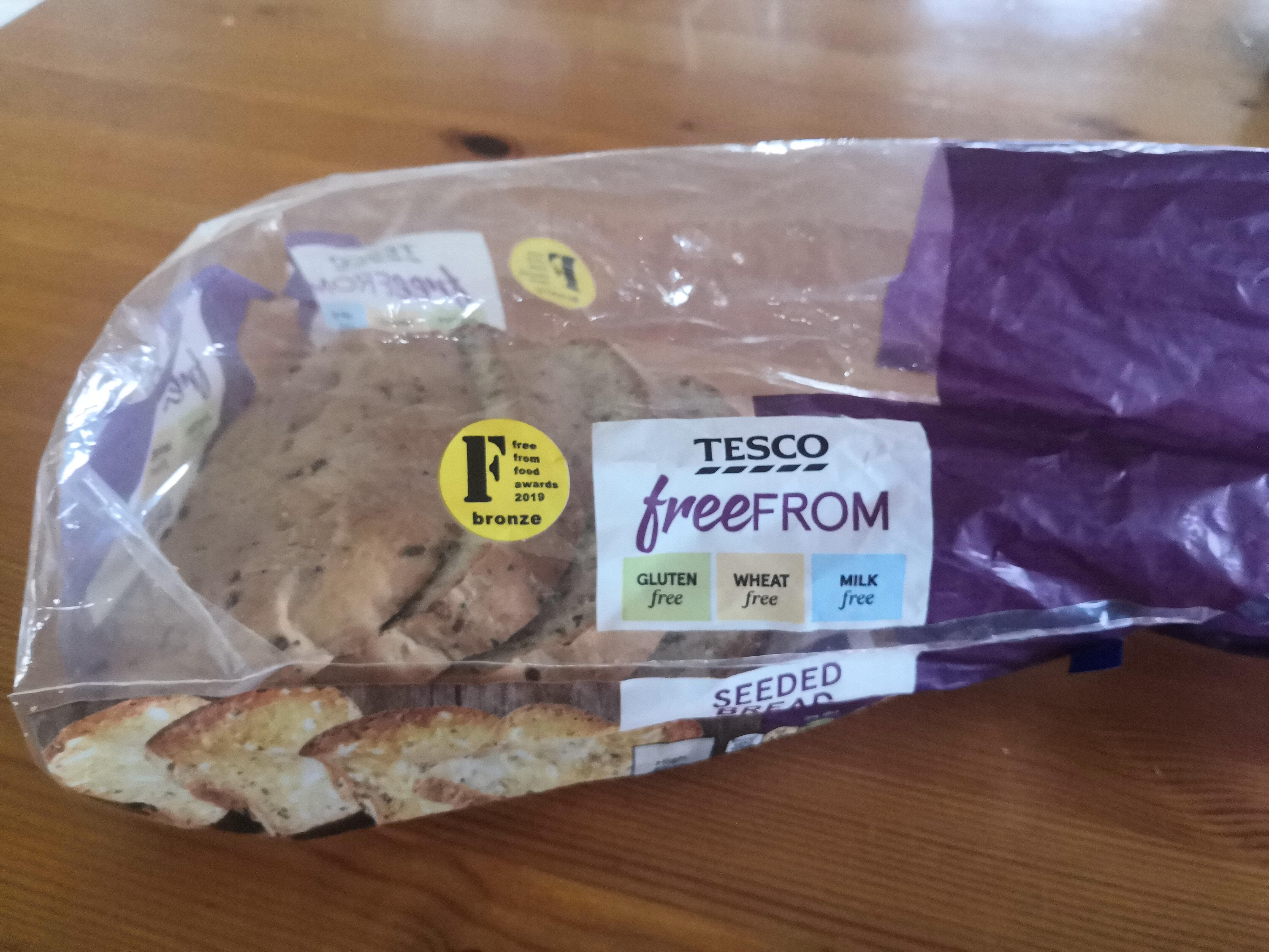 Tesco FreeFrom Seeded Sliced Bread - Product - en