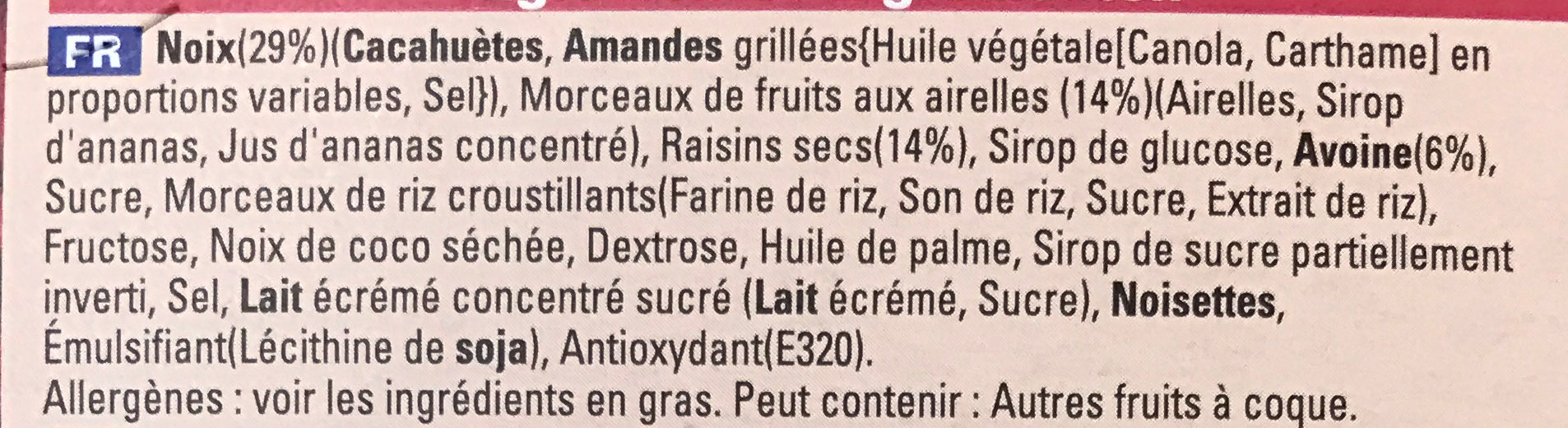 Extra Barre généreuse Amandes grillées et Cranberries - Ingrediënten