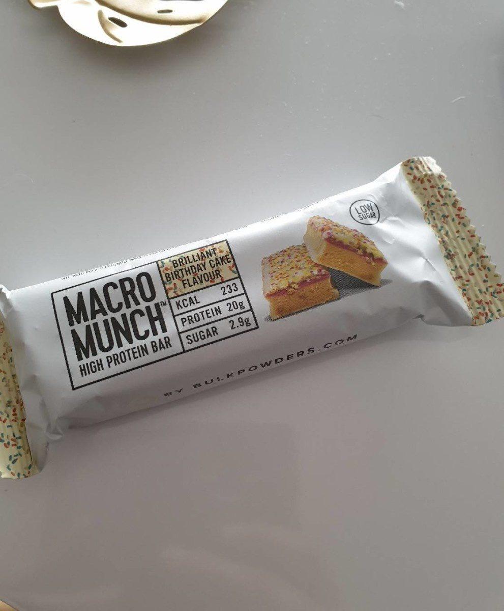 Macro munch gâteau d'anniversaire - Product - en