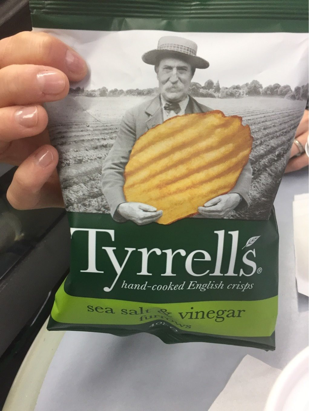Tyrrells Furrows Salt & Vinegar Crisps 40 G X - Produit - fr