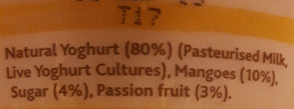 Mango & passion fruit & natural live yoghurt - Ingredients - en