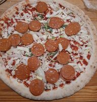 Pizza pepperoni piccante - Product - fr