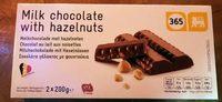 Chocolat au lait avec noisettes - Product - fr