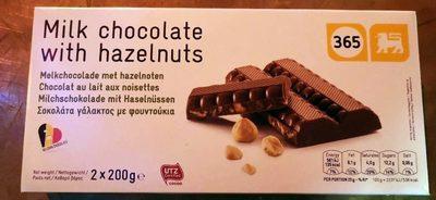 Chocolat au lait avec noisettes - Product