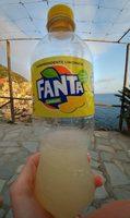 Fanta Lemon - Produit - fr