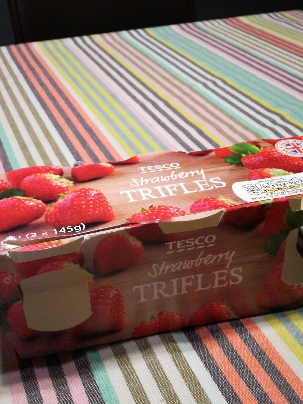 Strawberry Trifles - Nutrition facts - en