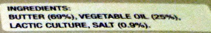 Lurpak Spreadable Slightly Salted - Ingrediënten - en