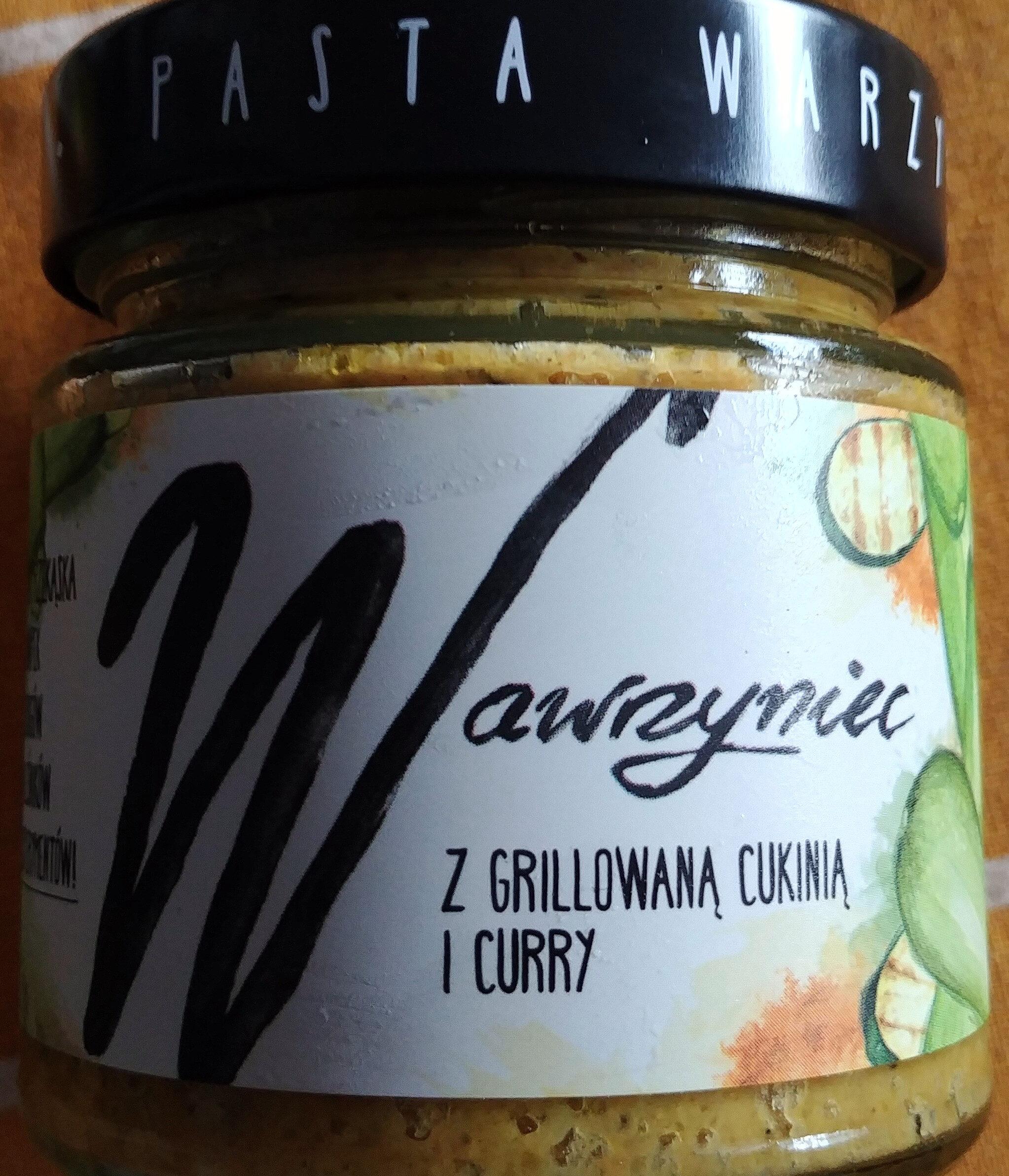 Pasta warzywna z grillowaną cukinią i curry - Produkt - pl
