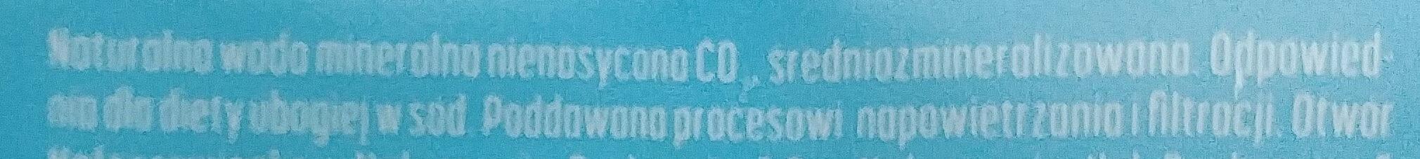 Woda mineralna niegazowana - Składniki
