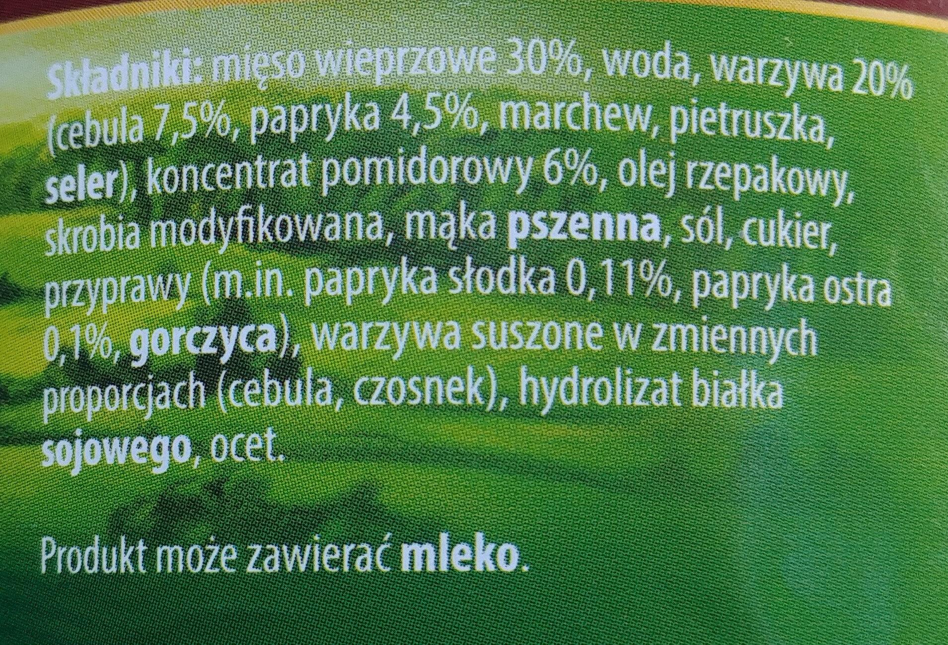 Gulasz wieprzowy w sosie pomidorowym z warzywami - Ingrediënten - pl