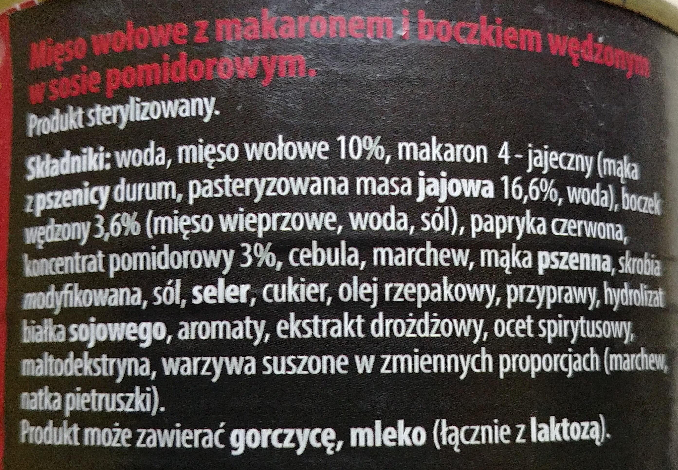 Mięso wołowe z makaronem i boczkiem wędzonym w sosie pomidorowym - Ingredients - pl