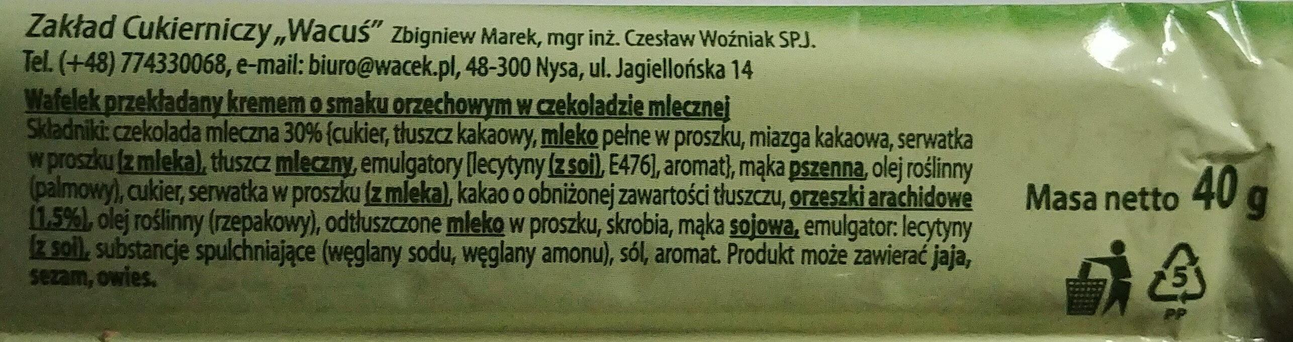 Wafelek o smaku orzechowym w czekoladzie - Ingrédients - pl