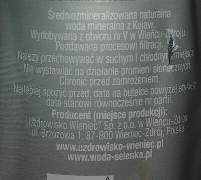 Woda mineralna - Składniki