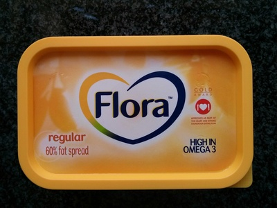 Flora Regular 60% Fat Spread - Product