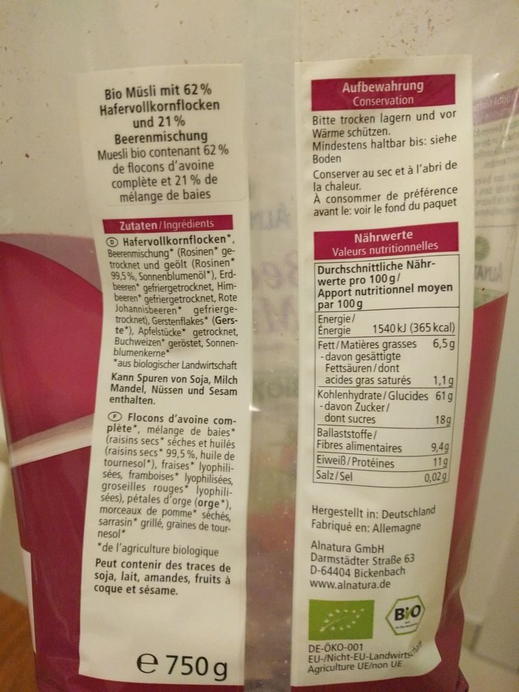 Muesli aux baies (Alnatura) - Nutrition facts - fr